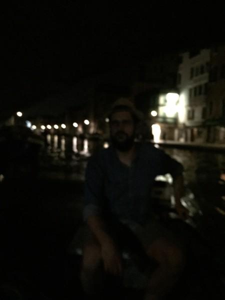 """6. Juni 2015. Salon Suisse der Pro Helvetia """"S.O.S. Dada"""" in Venedig. Mit Charon über den ausgestorbenen Canal Grande."""
