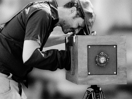 oliver-at-the-boxcamera-panoramic-bw-photo-l.e.-martinez-fuentes-kopie